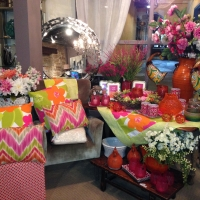 Kelly's gifts and decor